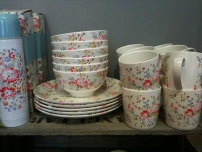 Cath Kidston Melamine Plates Home Safe & Cath Kidston Melamine Plates - Home Safe